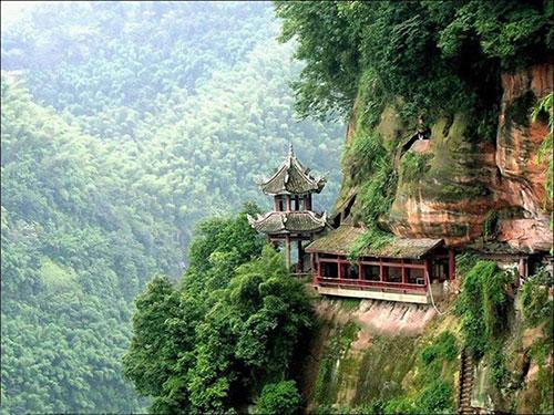 Vẻ đẹp như tranh ở núi Nga Mi, Võ Đang