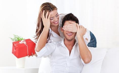 Tặng quà người yêu nên làm sao?