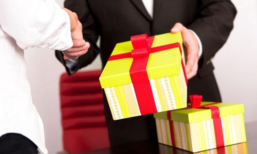 12 bí quyết chỉ cách tặng quà