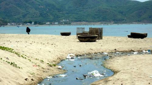 Ô nhiễm môi trường ảnh hưởng rất lớn đến du lịch