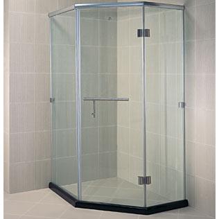 Nên chọn phòng tắm nhập khẩu hay lắp ghép?