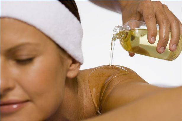 Tinh dầu dưỡng tốt nhất cho da