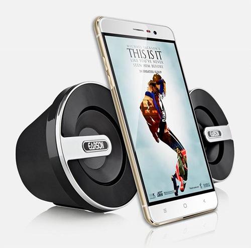 Smartphone công nghệ Nhật màn hình 2.5D