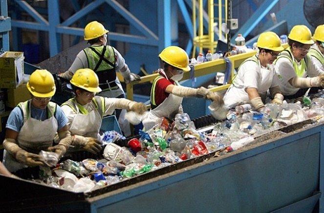Tiêu dùng bền vững bằng cách tận dụng rác thải