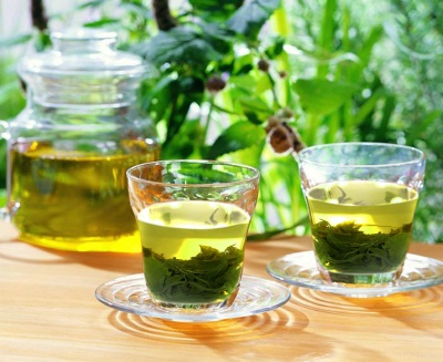 Tinh dầu từ chè có thể chữa ung thư gan