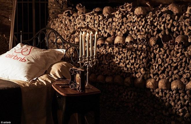Dịch vụ ngủ với hầm xương đắt đỏ, rùng rợn ở Paris