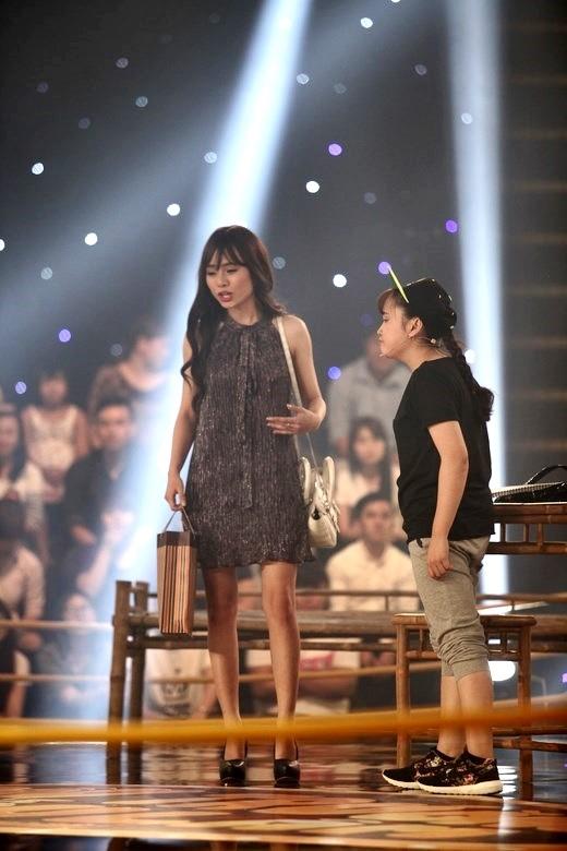 Nghệ sĩ Trấn Thành, Trường Giang đứng hình vì bị cợt chuyện yêu đương