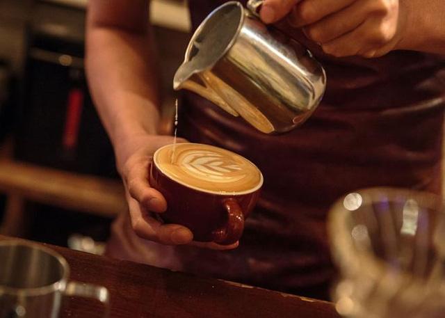 Uống cafe nóng có thể gây ung thư