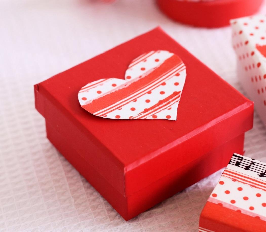 Cách tặng quà cho bạn gái ở xa