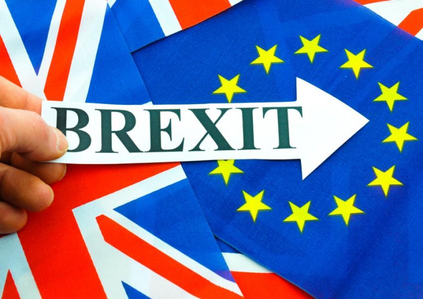 Brexit hạn chế người tiêu dùng Anh