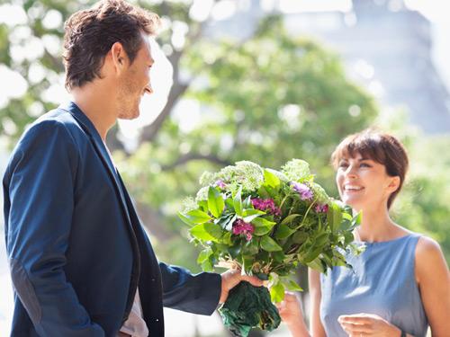 Tìm hiểu loại hoa như thế nào để tặng cho bạn cô nàng ngày 20/10