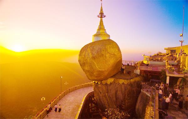 Tham quan tour Myanmar ngắm chùa Đá vàng Kyaiktio lộng lẫy