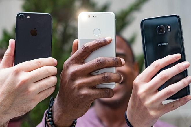 Hệ điều hành Android, iOS chiếm lĩnh 99% thị trường smartphone