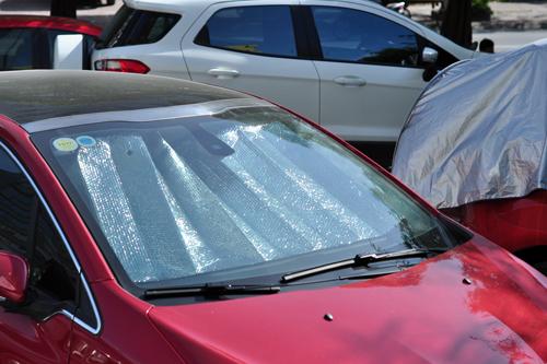 Dán film chống nắng USA cho xe hơi