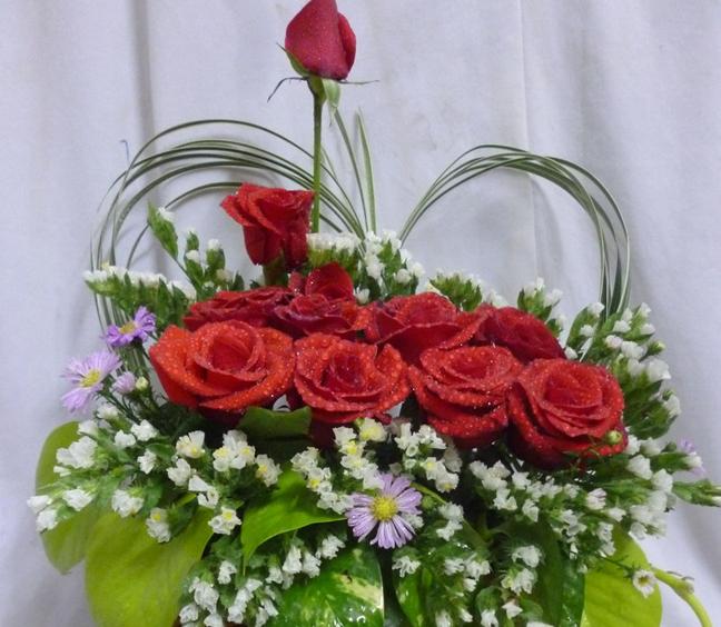 Lựa chọn sắc hoa tươi mới cho văn phòng thêm phần rực rỡ