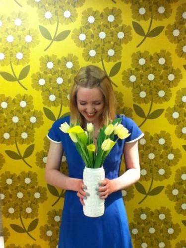 Hạnh phúc khi được những người thân yêu tặng hoa