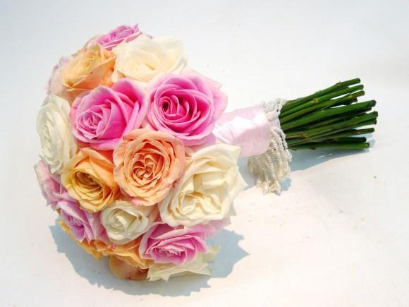 Bí kíp chọn lựa hoa cưới cùng mạng cô dâu