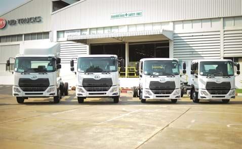 Xe tải Nhật cập bến, doanh nghiệp nội đã chuẩn bị sẵn sàng?