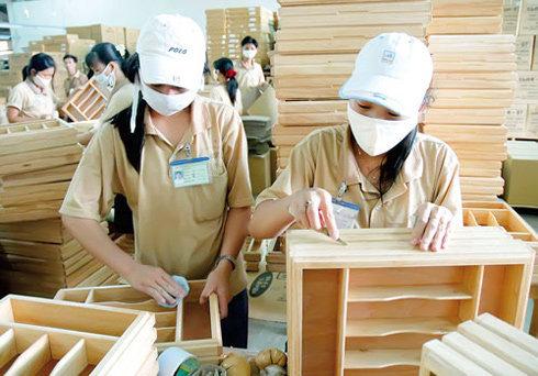 Rộng cửa cho công ty xuất khẩu gỗ