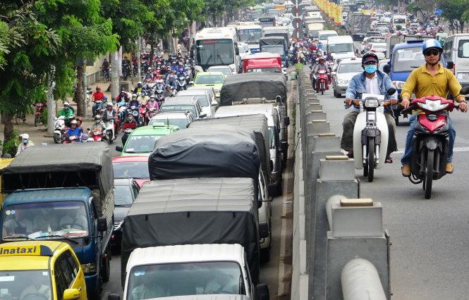 Quy định thời điểm cùng tuyến đường cấm xe tải lưu thông ở Hà Nội