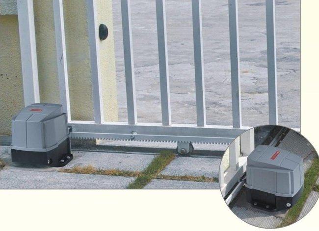 Lắp đặt Motor cổng tự động cho nhà hàng