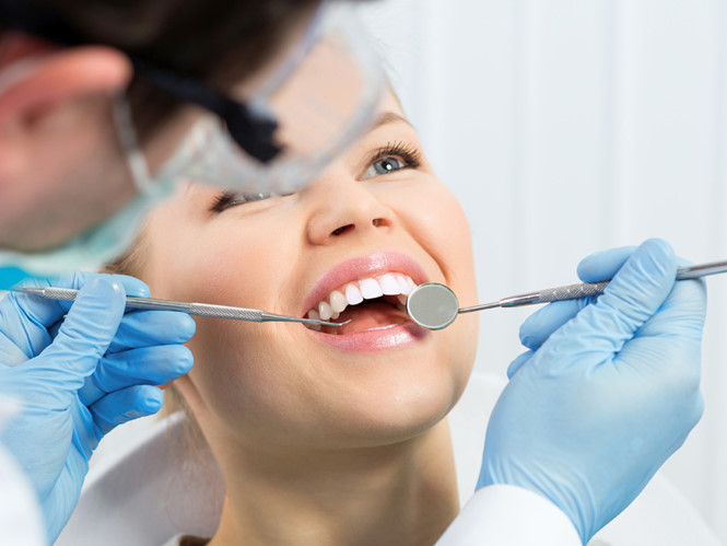 Bọc răng sứ ưu và nhược điểm ra sao?