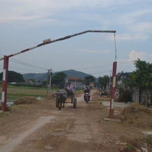 Xã nông thôn mới tự ý lập barie giảm phương tiện qua lại, có được không?