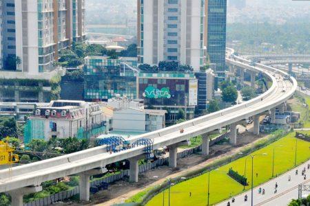 Công trường Metro: Bao giờ mới dỡ barrier tại chính giữa Sài Gòn?