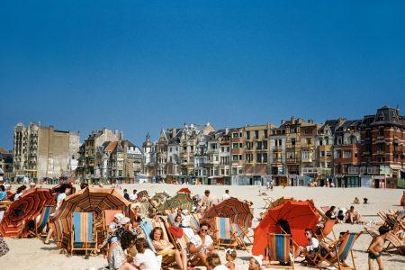 Vòng quanh châu Âu nửa sau thế kỷ 21 qua loạt ảnh màu tân thời