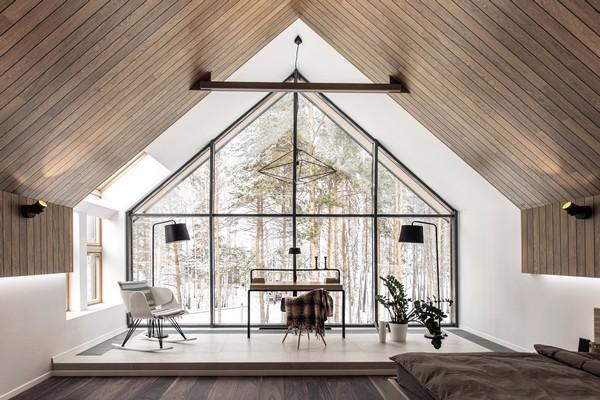 Biệt thự bằng gỗ hoành tráng hơn 500 m2 mọc trên đất rừng