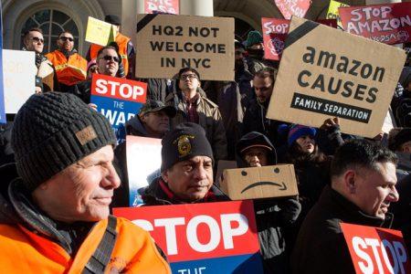 Hàng ngàn nhân viên Amazon đình công phản đối ngày mua hàng điên rồ