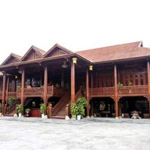 Cận cảnh ngôi nhà gỗ lim trị giá 200 tỷ của đại gia Điện Biên