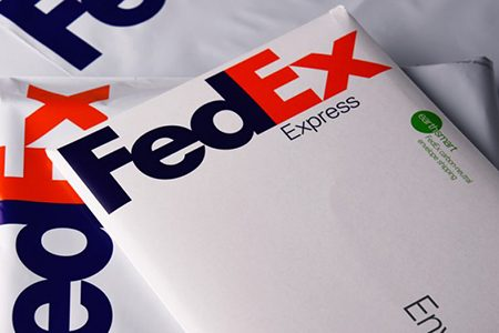 Gần hơn trăm bưu kiện của Huawei bị công ty vận chuyển Mỹ giữ lại