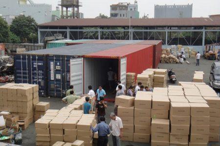 Hạn chế tình trạng rút ruột hàng hóa hải quan