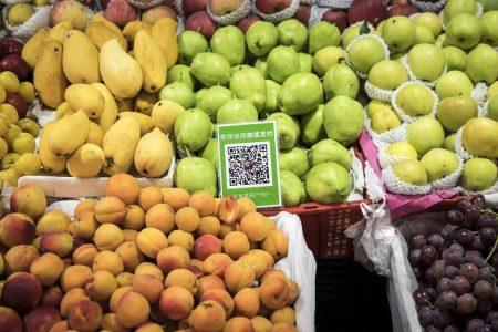 Nghịch cảnh có tiền nhưng chẳng thể ăn kẹo ở China
