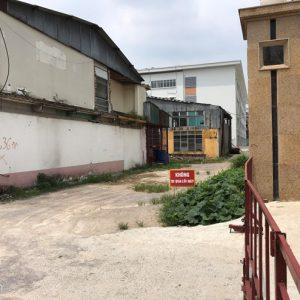 Sẽ có phương án công ty cơ khí chắn lối vào trường cấp 2 tại Hà Nội