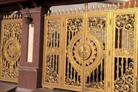 Nhìn ngắm những cửa cổng tiền tỷ của đại gia Hà Nội