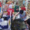 """VinMart """"giải cứu tôm hùm"""": Tuyên bố bán hàng không lợi nhuận, giúp sức nông sản ảnh hưởng bởi dịch Corona"""