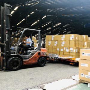 Hàng hóa vận chuyển bằng hàng không ban đầu phục sinh