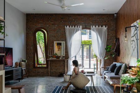 Ngôi nhà được thiết kế với không gian mộc mạc, yên bình và giàu tính nghệ thuật ở TP Đà Nẵng