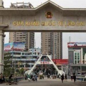 Xe tải của Việt Nam nhập cảnh vào Trung Hoa phải mua bảo hiểm phương tiện