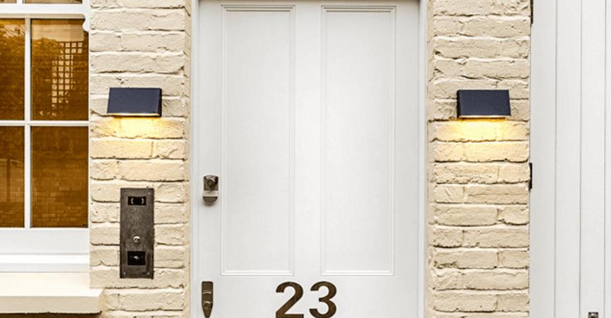 Gam màu cửa chính nói lên điều gì về bạn và ngôi nhà?