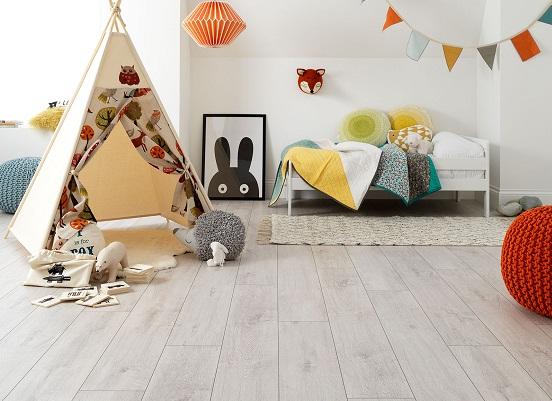 Xem ngay vấn đề cần nắm rõ khi sử dụng sàn gỗ công nghiệp cho phòng trẻ em