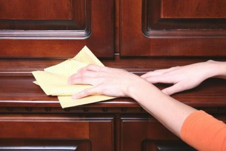 Một số phương pháp làm mới đồ gỗ cũ trong nhà