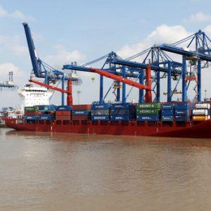 Xây dựng tổ công tác liên bộ kiểm tra giá vận tải container tăng