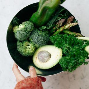 Các thực phẩm giúp cải thiện tâm trạng trong mùa giãn cách