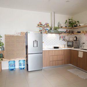 Tranh thủ nghỉ dịch, vợ chồng trẻ tự làm nội thất xinh đẹp như thuê người làm