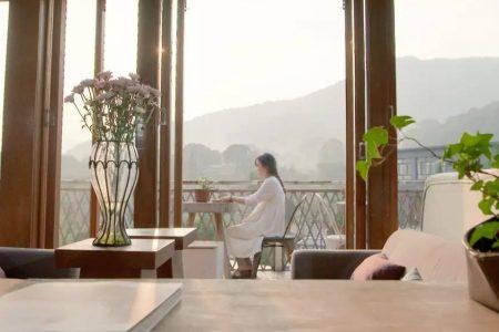 Cặp vợ chồng trẻ tạo không gian nhà vườn mát mắt giữa rừng núi mênh mông